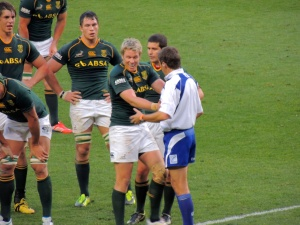 Captain Jean de Villiers sorting out a scuffle with the ref.