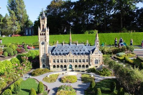 Mini Peace Palace (Den Haag)