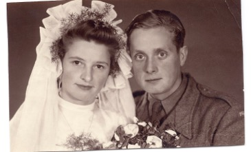 Babcia and Dziadzius at their wedding